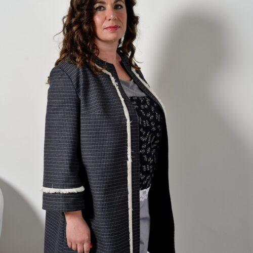 Giacca modello Chanel - sartoria sociale - abbigliamento sostenibile