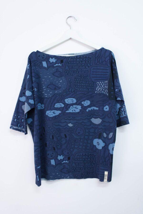 maglia a fantasia blu e avion - sartoria sociale - moda etica