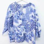 Casacca con fiori blu – sartoria sociale – abbigliamento sostenibile