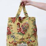 borsa color senape con gallo - Sartoria Sociale - abiti sostenibili online