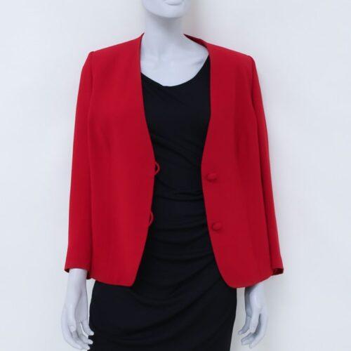 Giacca rossa con bottoni in tessuto - Sartoria Sociale - moda sostenibile online