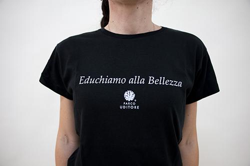 Educhiamo alla bellezza - t-shirt con scritte - sartoria sociale
