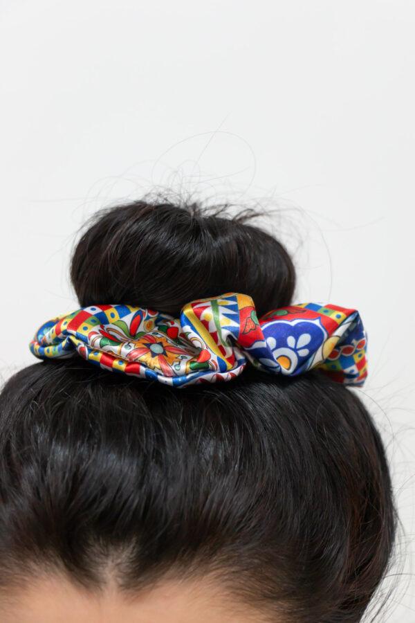 elastico per capelli modello scrunchie - Sartoria Sociale Palermo